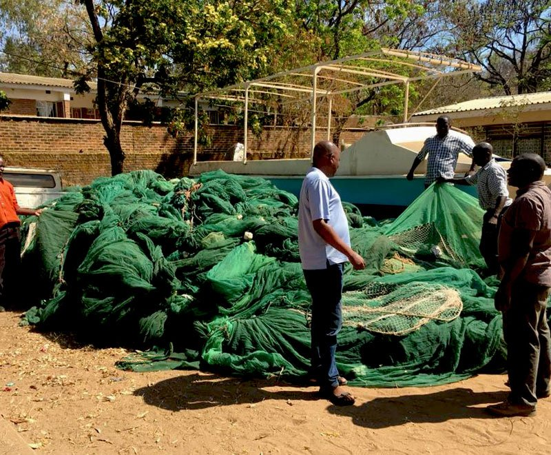 mosquito-fishing-net-confiscated-2